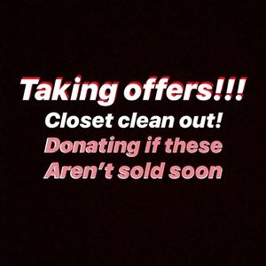 Tops - CHECK MY CLOSET OUT‼️